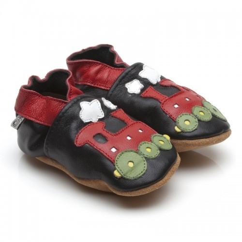 black-train-shoes-2